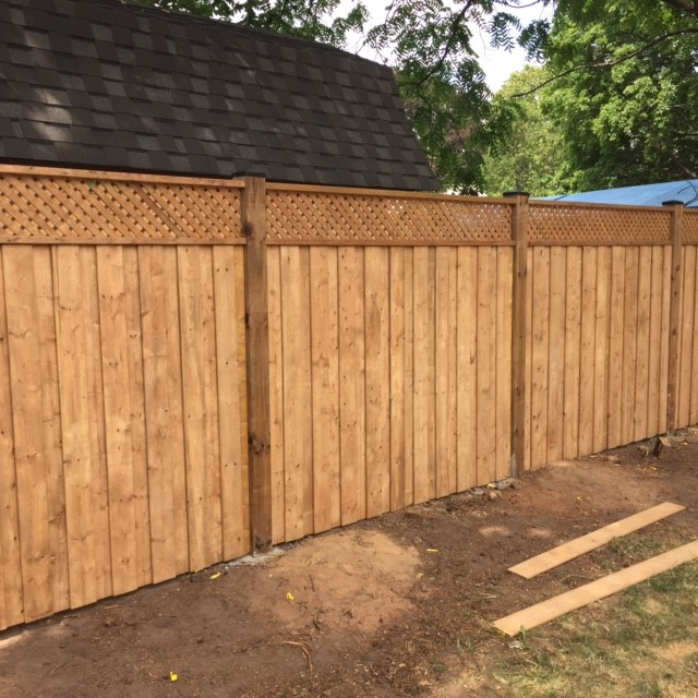 fence-building-or-replacement